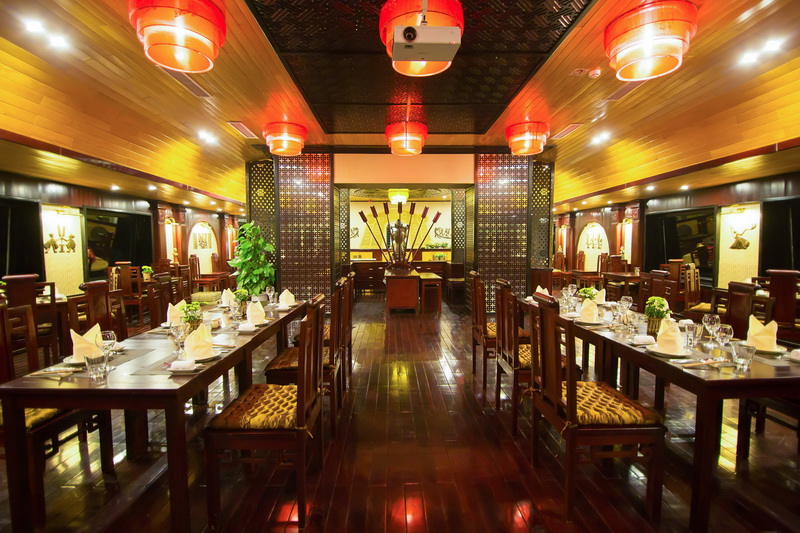dragon-legend-cruise-restaurant