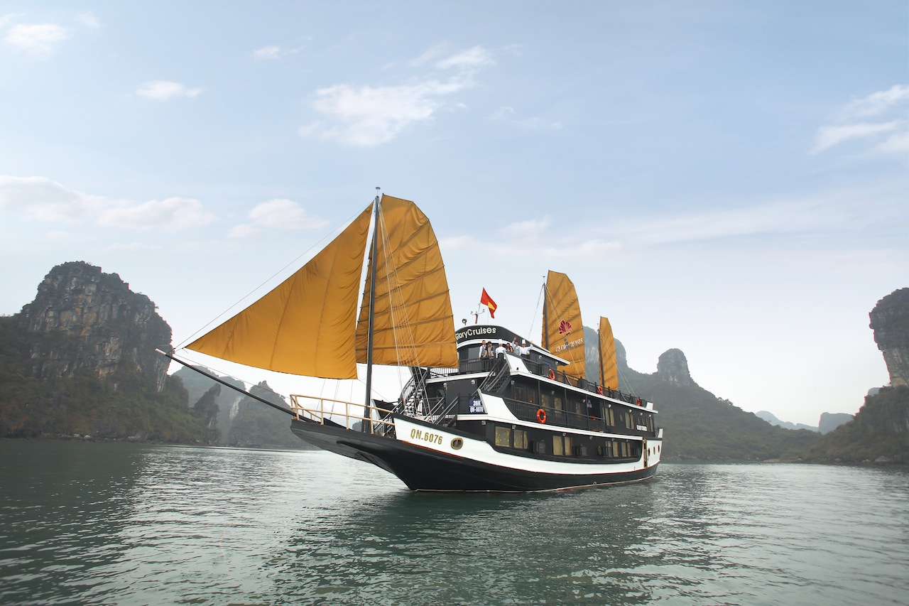 Halong glory cruise
