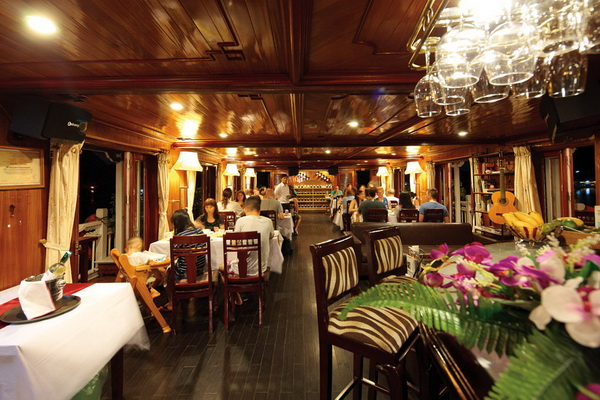 operacruise-restaurant
